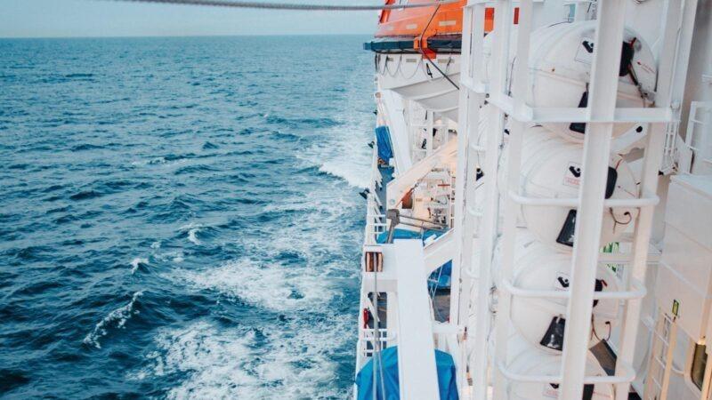 Las alegrías y las penas de los marinos filipinos que trabajan a bordo de los cruceros